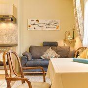 Wohnraum und Küche