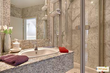 FeWo Bizer Badezimmer 2