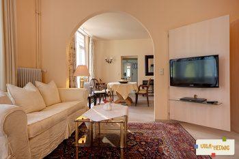 Wohnzimmer Hesse mit Blick ins Esszimmer