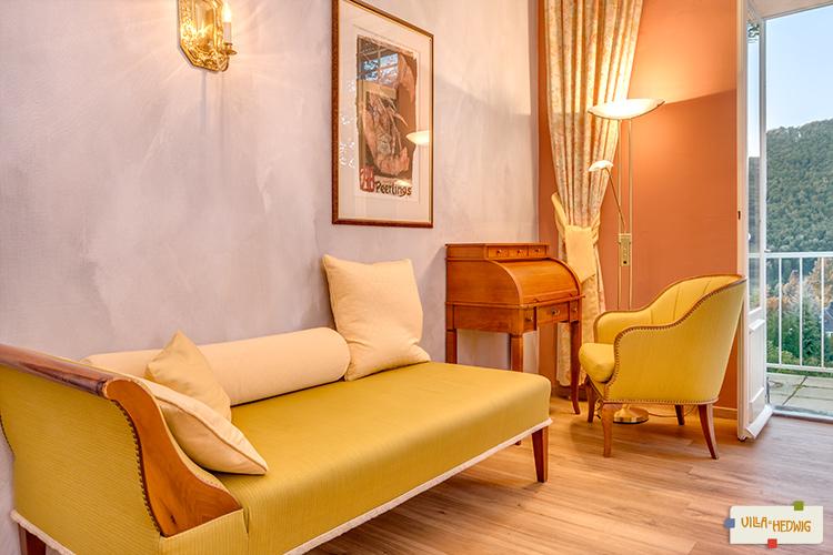 Schlafzimmer mit Recamiere